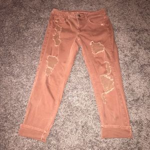 American Eagle Tomgirl Distressed Jeans EUC 6